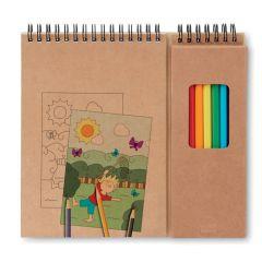 Set de lápices y cuaderno